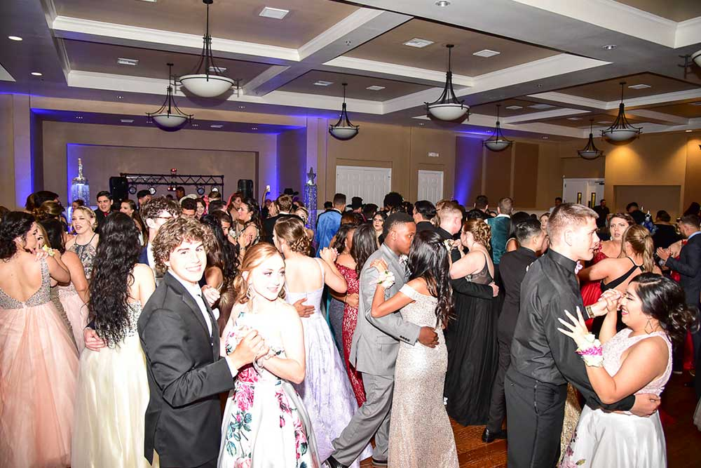 Party Fascinations | Elgin Prom